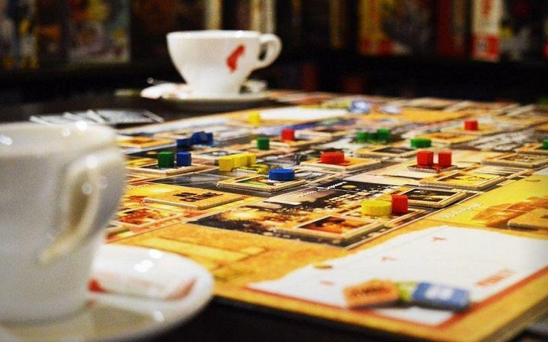 Настольные игры в кафе