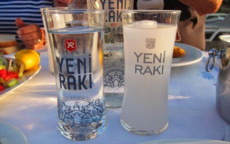 Алкогольный напиток Турции