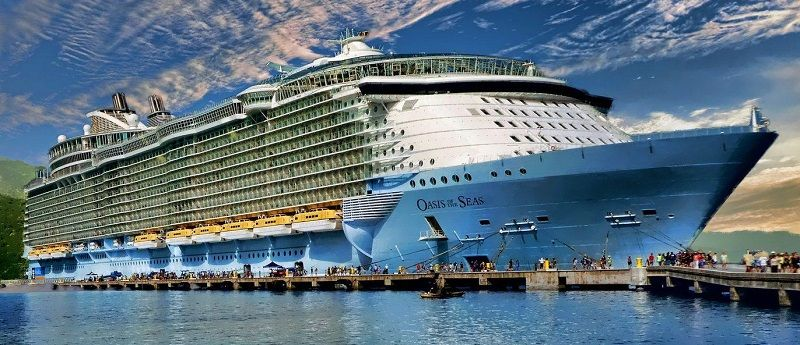 Лайнер «Oasis of the Seas»