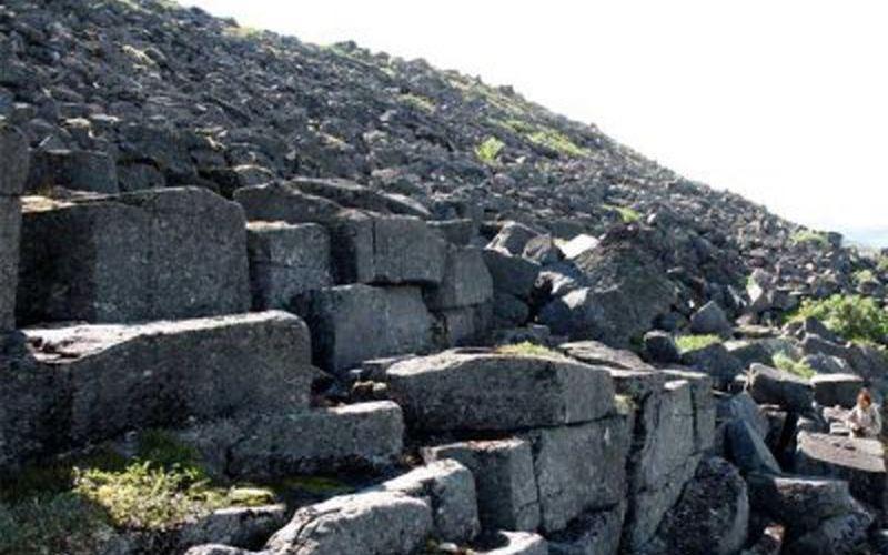 Карельские каменные лабиринты и пирамиды