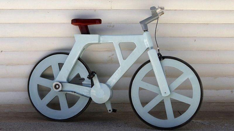 Картонный велосипед Ицгара Гафни из Израиля