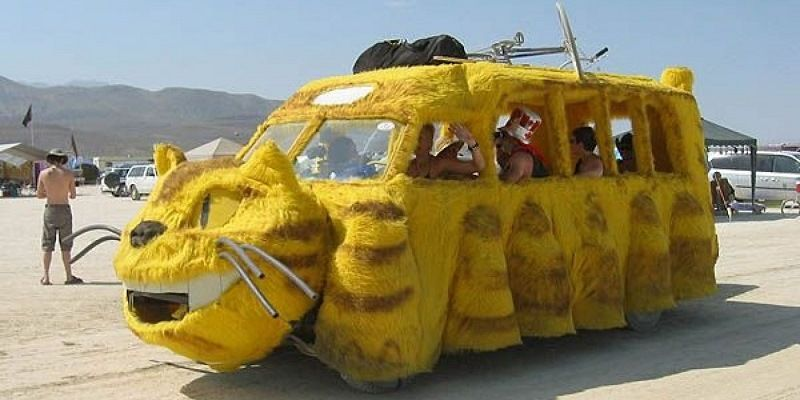 Автомобили в стиле «Тупой и ещё тупее»