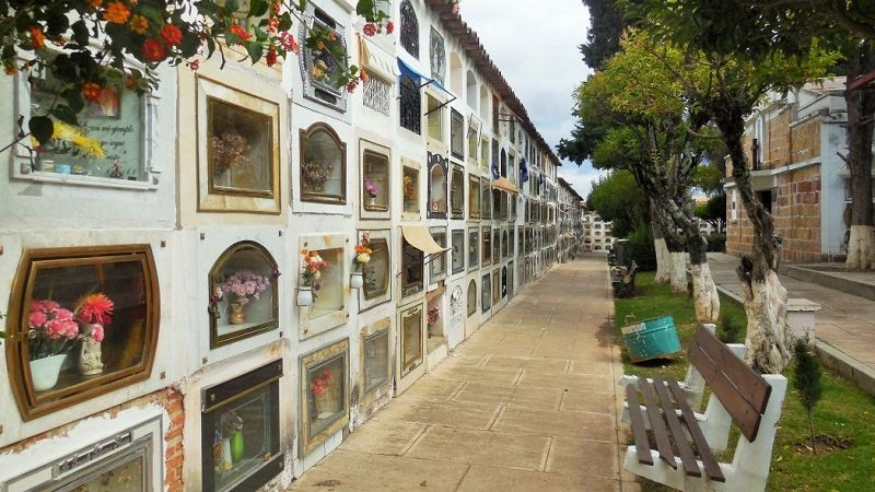 Cemeteries of the world