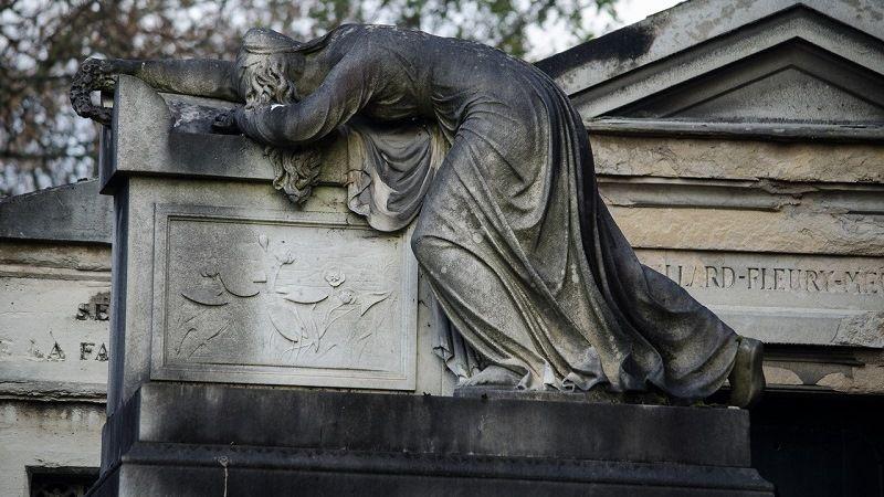 «Дизайнерские» надгробия Пер-Лашез