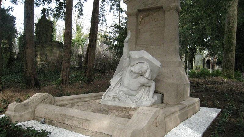 Grave of Jules Verne