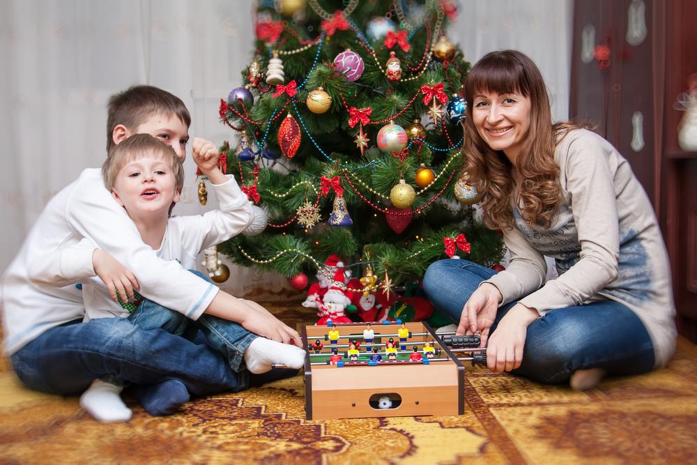 двое прекрасных сыновей и их мать