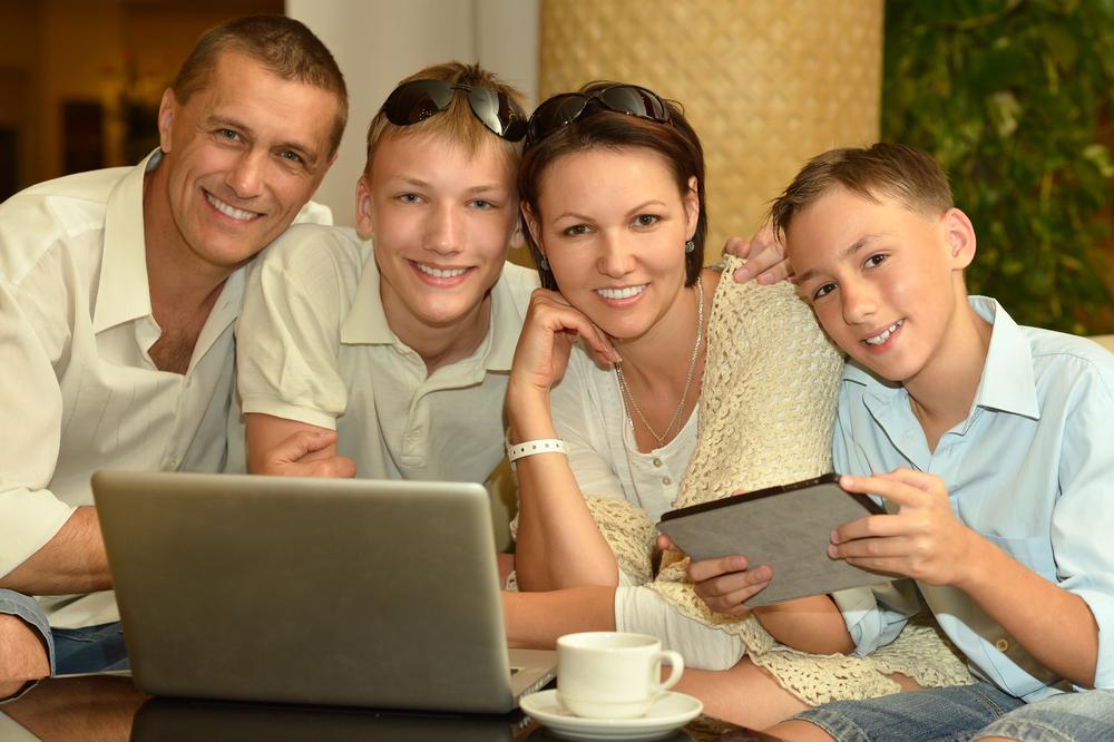 папа,мама и два сына