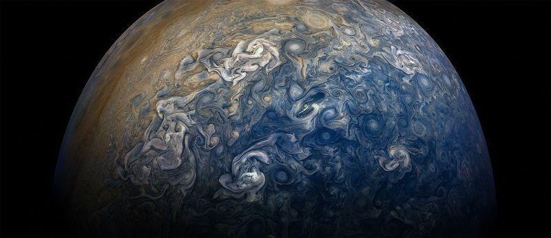 Химические соединения в оболочке Юпитера