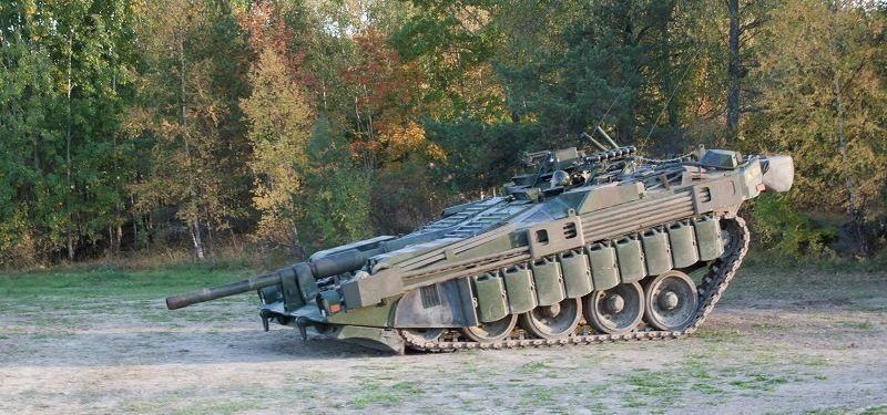 Танк Stridsvagn 103