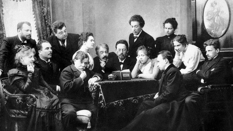 Чехов и труппа театра