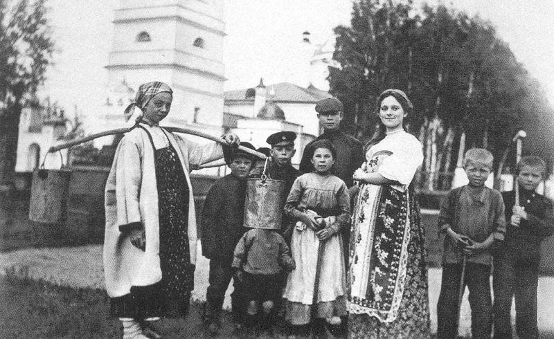 Сергей Есенин на родине