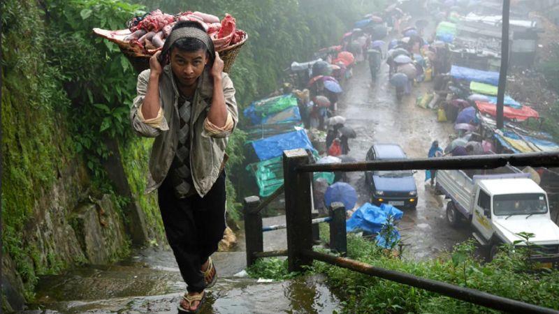 Индийский город Черапунджи - самый дождливый город