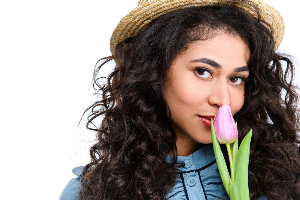 женщина с тюльпаном