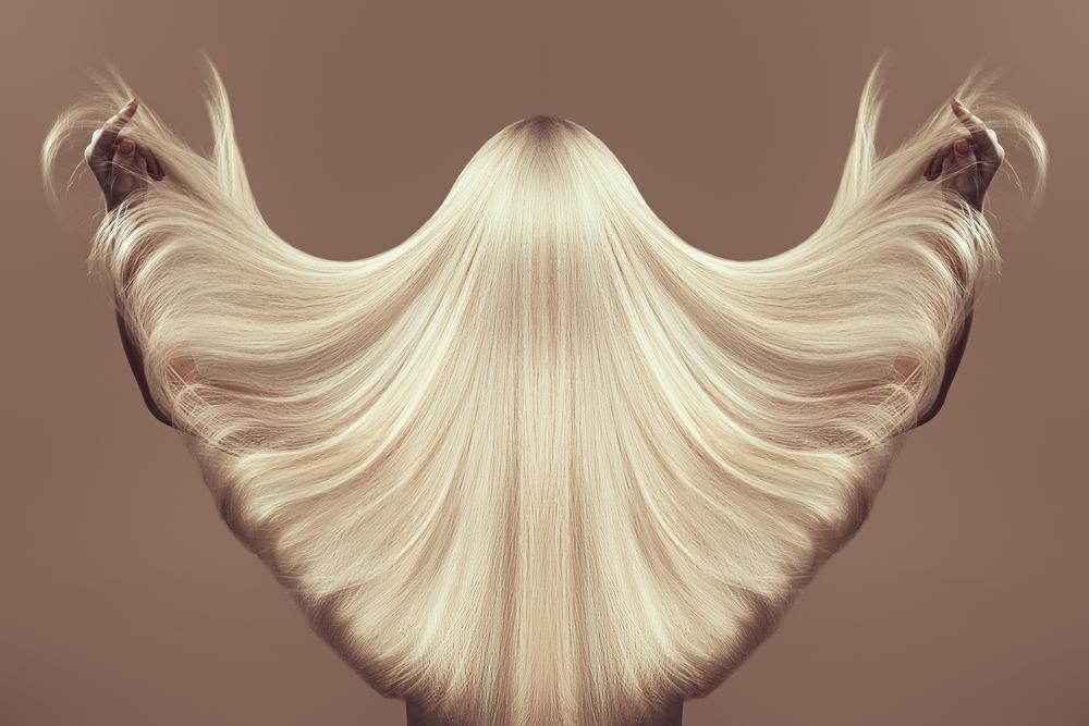 длинные белые волосы