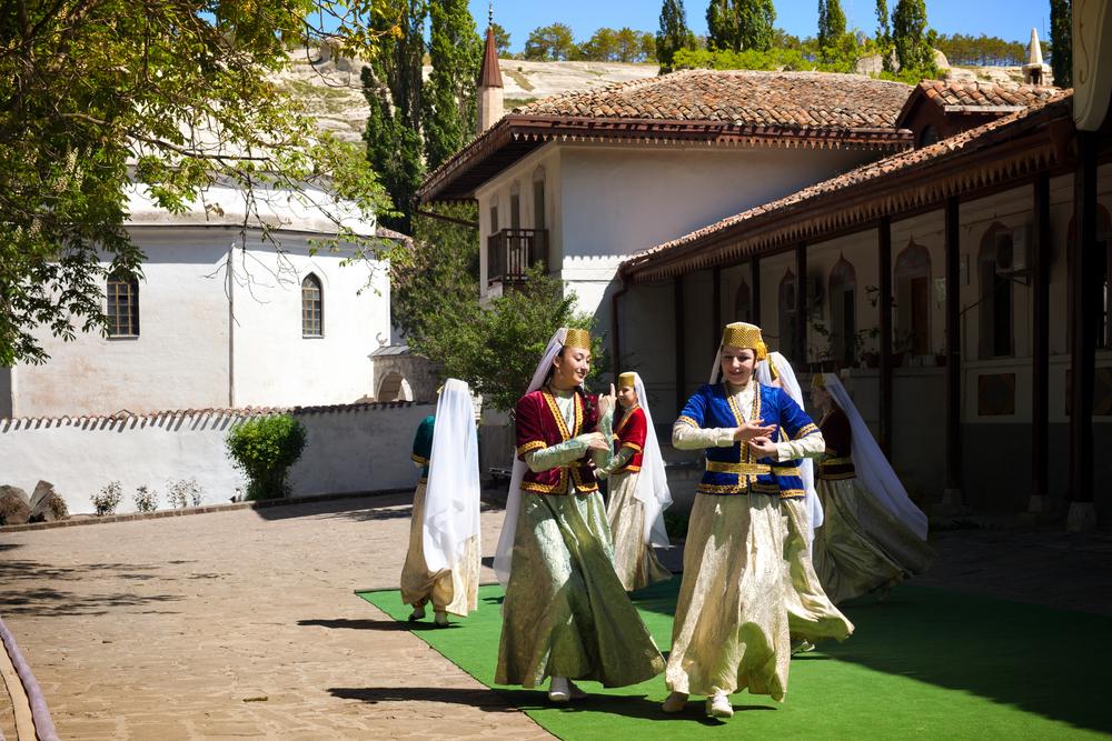 татары танцуют