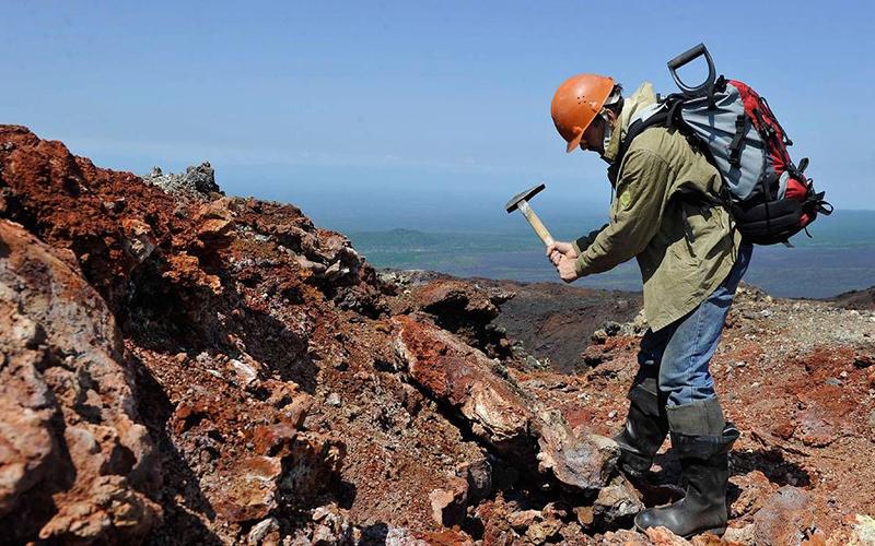 Геологоразведчик