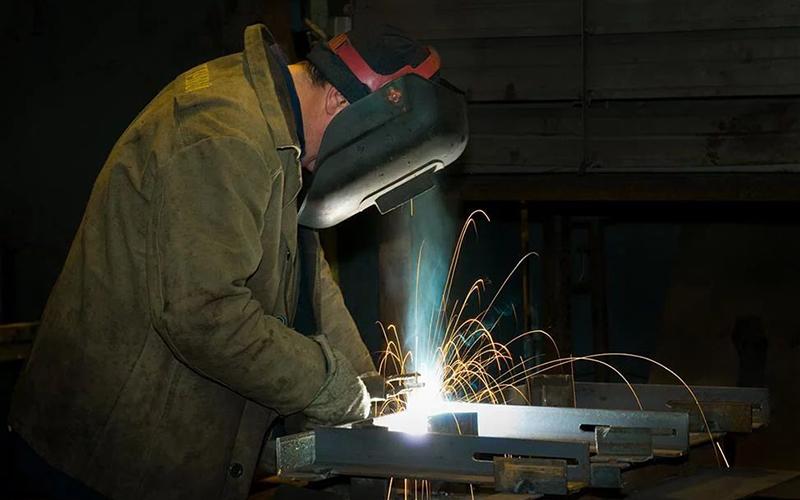 Инженер-электросварщик