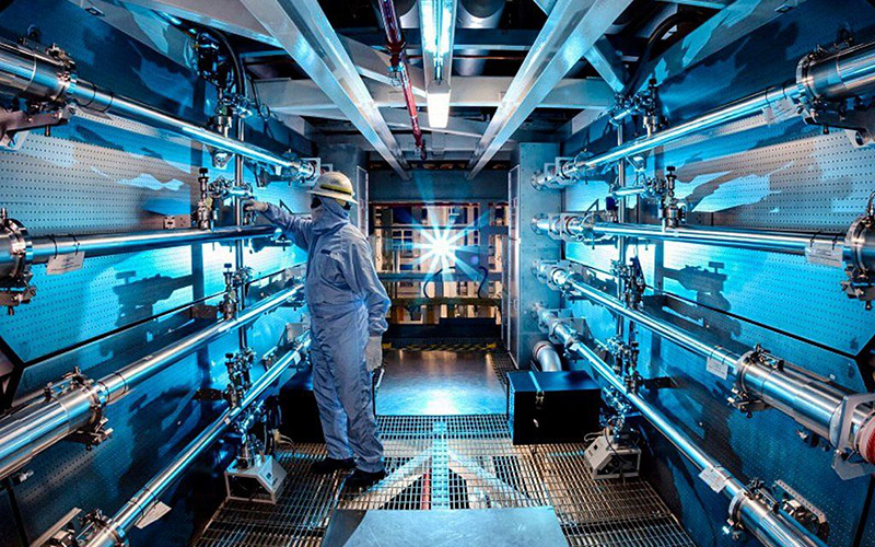 Ядерная физика и технологии