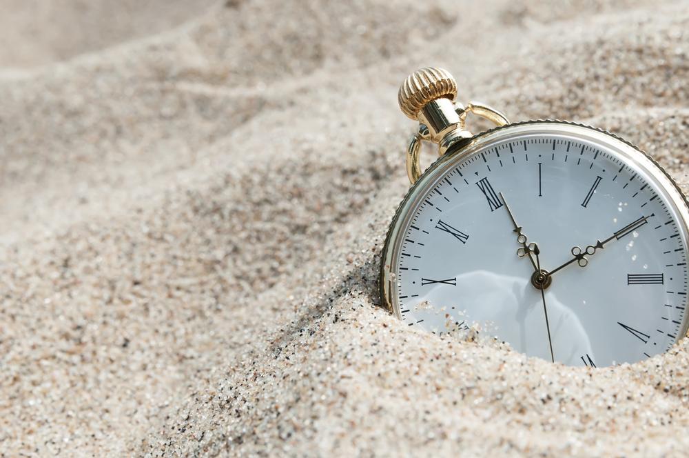 часы - время уходит
