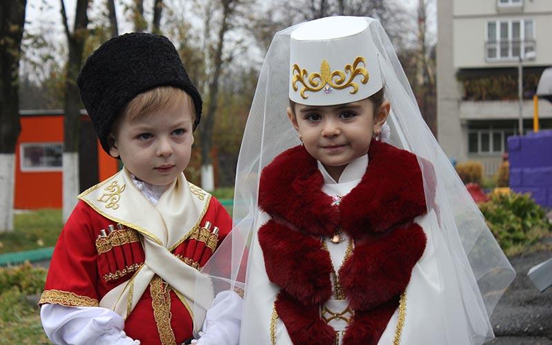 Осетинские дети