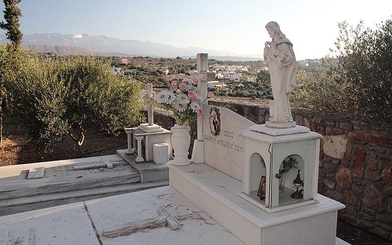 Кладбище в Греции